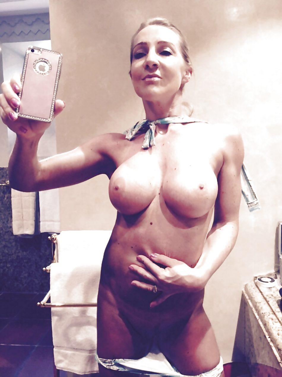 Selfie de la soumise a Maitre P