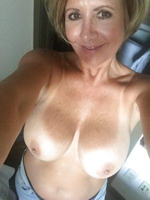 Selfie mamie coquine