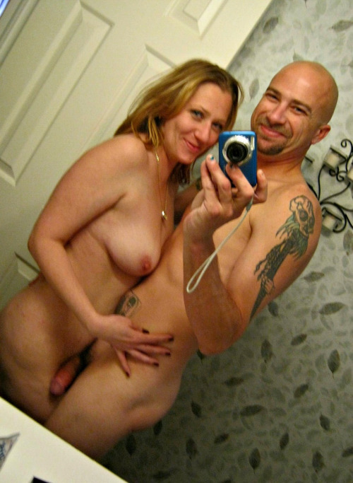 Selfie couple sex dans salle de bain