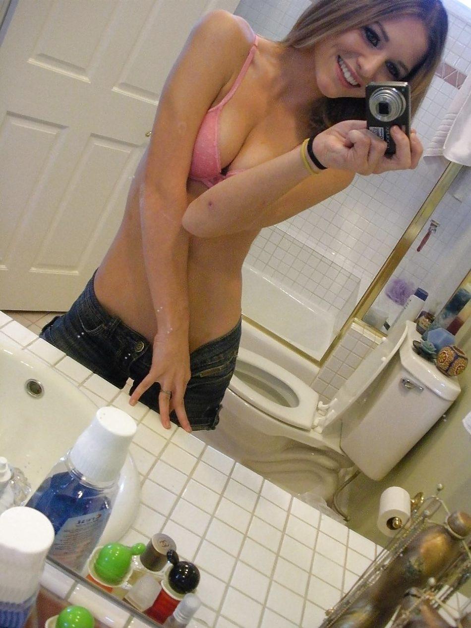 Selfie skinny girl du 92