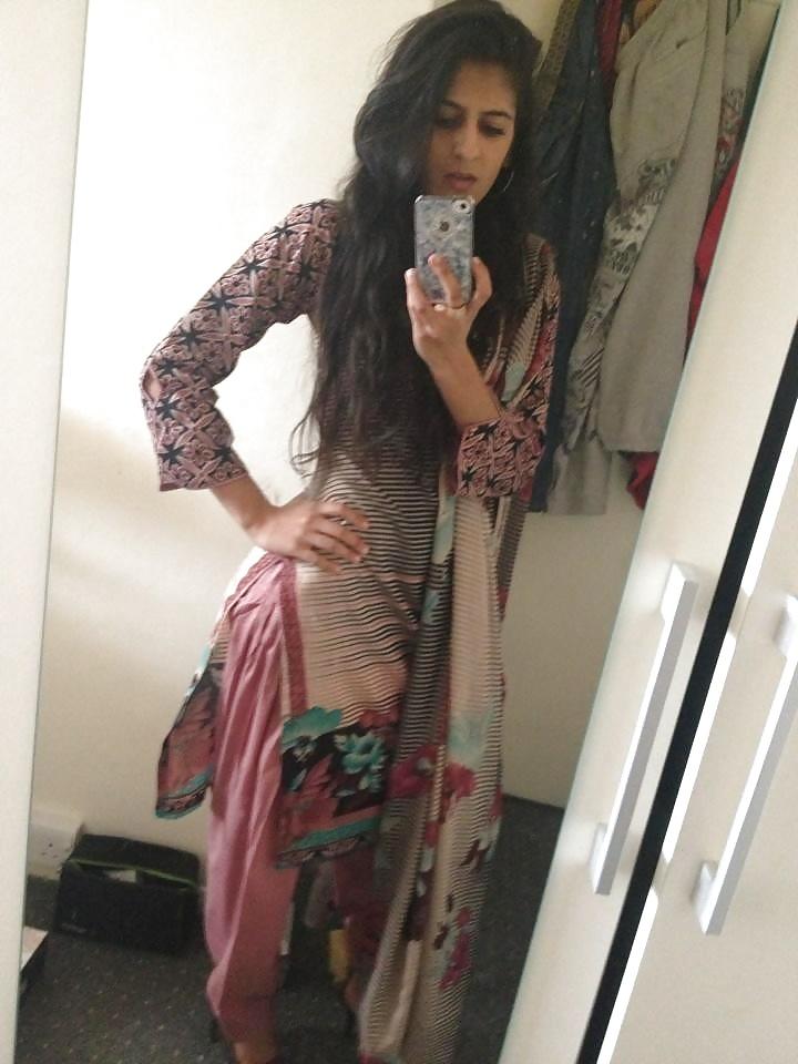 Selfie femme orientale