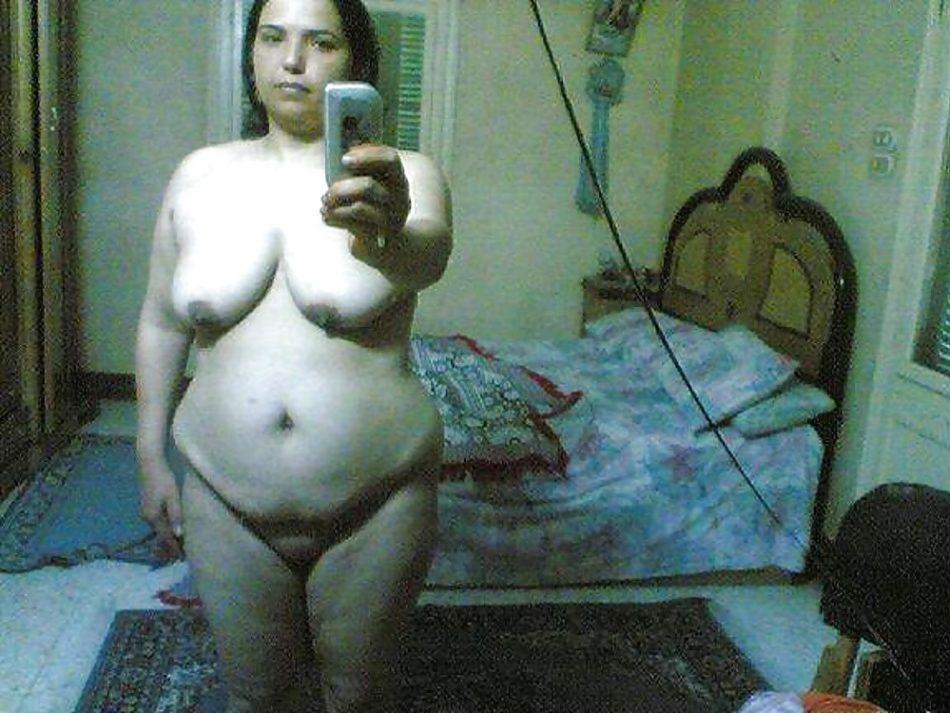 Selfie coquine un peu obèse